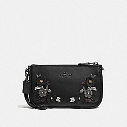COACH F27272 Nolita Wristlet 19 With Metal Tea Rose Detail BLACK/BLACK COPPER