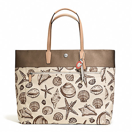 COACH F27782 RESORT SHELL PRINT SMALL TOTE ONE-COLOR