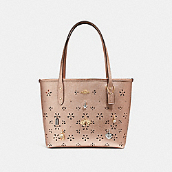 MINI CITY TOTE WITH CHARMS - f28056 - rose gold/imitation gold