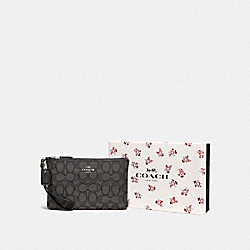 COACH F28326 - BOXED SMALL WRISTLET IN SIGNATURE JACQUARD SV/BLACK SMOKE/BLACK