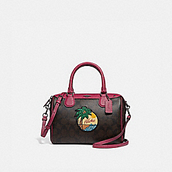 MINI BENNETT SATCHEL IN SIGNATURE CANVAS WITH BLUE HAWAII PATCHES - f28947 - QBBMC