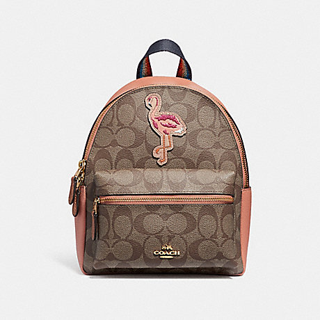 COACH f28948 MINI CHARLIE BACKPACK IN SIGNATURE CANVAS WITH BLUE HAWAII PATCHES<br>蔻驰迷你查理背包在签名画布蓝色夏威夷补丁 卡其/multi/仿金