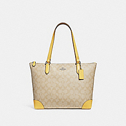 ZIP TOP TOTE IN SIGNATURE CANVAS - F29208 - LIGHT KHAKI/LIGHT YELLOW/SILVER