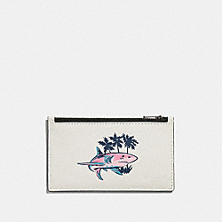COACH F29271 - ZIP CARD CASE WITH SHARK PRINT CHALK MULTI