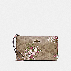 LARGE WRISTLET IN SIGNATURE CANVAS WITH FLORAL BUNDLE PRINT - f29369 - khaki/multi/imitation gold