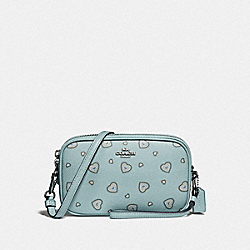 SADIE CROSSBODY CLUTCH WITH WESTERN HEART PRINT - F29682 - LIGHT TURQUOISE WESTERN HEART/SILVER