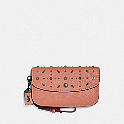 CLUTCH WITH PRAIRIE RIVETS - F29715 - DARK BLUSH/BLACK COPPER