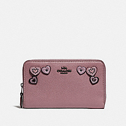 COACH F29748 - MEDIUM ZIP AROUND WALLET WITH HEARTS DUSTY ROSE/BLACK COPPER