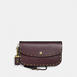 COACH F29765 Clutch With Rivets OXBLOOD/BRASS