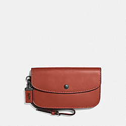 COACH F29770 Clutch CHILI/BLACK COPPER