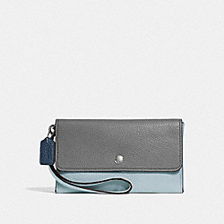 COACH F29911 - SMALL TRIPLE WRISTLET IN COLORBLOCK HEATHER GREY MULTI/DARK GUNMETAL