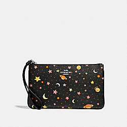 COACH F30058 Large Wristlet With Constellation Print BLACK/MULTI/SILVER