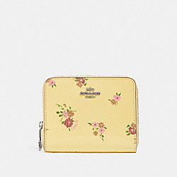 COACH F30183 Small Zip Around Wallet With Daisy Bundle Print VANILLA MULTI/SILVER