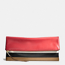 COACH THE LARGE CLUTCHABLE IN BAR STRIPE LEATHER - GDVRM - F30361