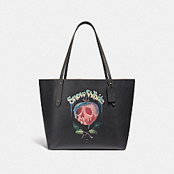 DISNEY X COACH MARKET TOTE WITH POISON APPLE GRAPHIC - F31152 - BLACK
