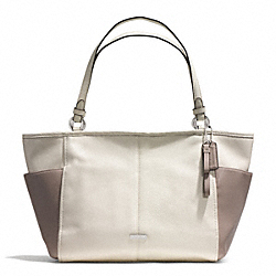 COACH F31303 - PARK COLORBLOCK CARRIE TOTE SILVER/PARCHMENT/PUTTY