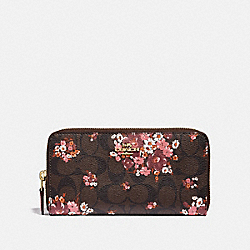 ACCORDION ZIP WALLET IN SIGNATURE CANVAS WITH MEDLEY BOUQUET PRINT - f31572 - BROWN MULTI/light gold