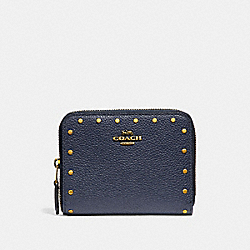 SMALL ZIP AROUND WALLET WITH RIVETS - F31811 - MIDNIGHT NAVY/BRASS