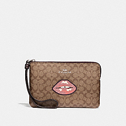 COACH F31892 Corner Zip Wristlet In Signature Canvas With Lips KHAKI MULTI /SILVER