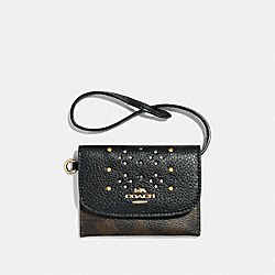 COACH F32026 Card Pouch In Signature Canvas With Rivets BROWN MULTI/LIGHT GOLD