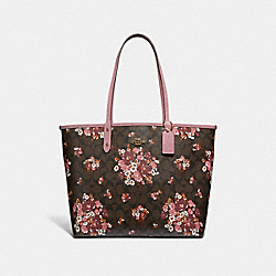 REVERSIBLE CITY TOTE IN SIGNATURE CANVAS WITH MEDLEY BOUQUET PRINT - f32084 - BROWN MULTI/light gold