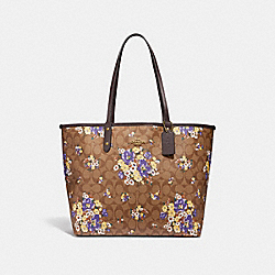 REVERSIBLE CITY TOTE IN SIGNATURE CANVAS WITH MEDLEY BOUQUET PRINT - f32084 - KHAKI MULTI /light gold