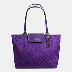 COACH F33475 - WARD TOTE IN SIGNATURE  SILVER/VIOLET