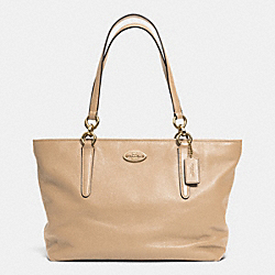 COACH F33961 Ellis Tote In Leather LINUD