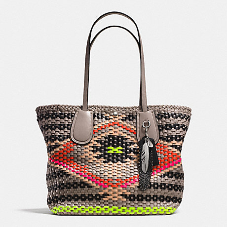 COACH F35011 COACH TAXI TOTE IN WOVEN LEATHER SVE2M