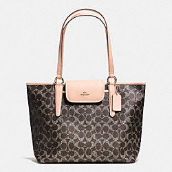COACH F35074 - WARD TOTE IN SIGNATURE  LIGHT GOLD/SADDLE/APRICOT