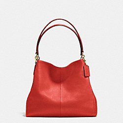 PHOEBE SHOULDER BAG IN PEBBLE LEATHER - f35723 - IMITATION GOLD/CARMINE