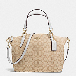 COACH F36625 Small Kelsey Satchel In Signature IMITATION GOLD/LIGHT KHAKI/CHALK