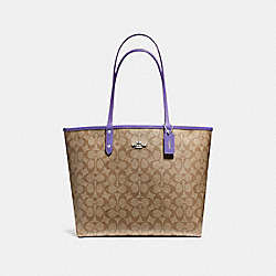 REVERSIBLE CITY TOTE IN SIGNATURE CANVAS - F36658 - KHAKI/LIGHT PURPLE/SILVER