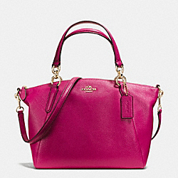 SMALL KELSEY SATCHEL IN PEBBLE LEATHER - f36675 - IMITATION GOLD/CRANBERRY