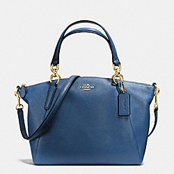 SMALL KELSEY SATCHEL IN PEBBLE LEATHER - f36675 - IMITATION GOLD/MARINA