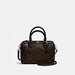 MINI BENNETT SATCHEL IN SIGNATURE - f36702 - IMITATION GOLD/BROWN/BLACK