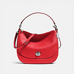TURNLOCK HOBO IN PEBBLE LEATHER - f36762 - SILVER/TRUE RED