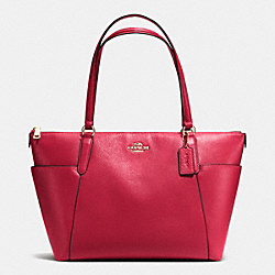 AVA TOTE IN PEBBLE LEATHER - f37216 - IMITATION GOLD/CLASSIC RED