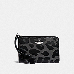 COACH F39103 Corner Zip Wristlet With Leopard Print GREY/SILVER