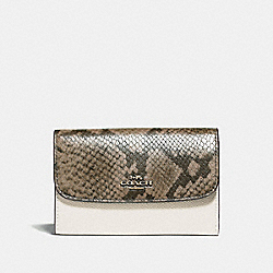 COACH F39201 - MEDIUM ENVELOPE WALLET CHALK/NEUTRAL/LIGHT GOLD