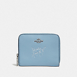SELENA SMALL ZIP AROUND WALLET IN COLORBLOCK - F39317 - CORNFLOWER/SILVER