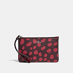 COACH F39936 Small Wristlet With Deer Spot Print RASPBERRY/SILVER
