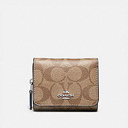 COACH F41302 Small Trifold Wallet In Signature Canvas SV/KHAKI PALE BLUE