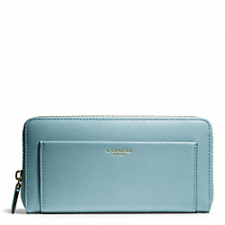 COACH F47996 Leather Accordion Zip Wallet