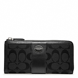 COACH F48437 Slim Zip Wallet In Signature  SILVER/BLACK/BLACK