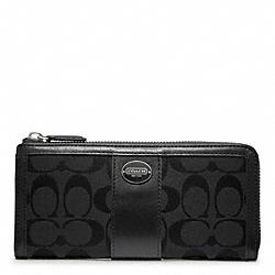 COACH F48437 Slim Zip Wallet In Signature  SILVER/BLACK/BLACK