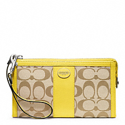 COACH F48439 Signature Zippy Wallet