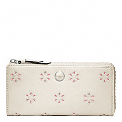 COACH POPPY EYELET LEATHER SLIM ZIP WALLET - SILVER/WHITE - F48951