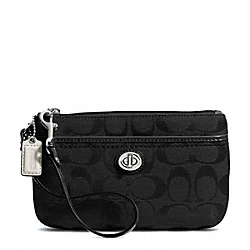 COACH F49175 Park Signature Medium Wristlet SILVER/BLACK/BLACK