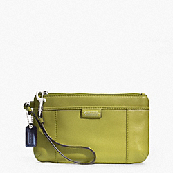 COACH F49396 Daisy Leather Medium Wristlet